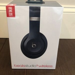 NWT Beats Studio3 Wireless Noise Cancel Headphones